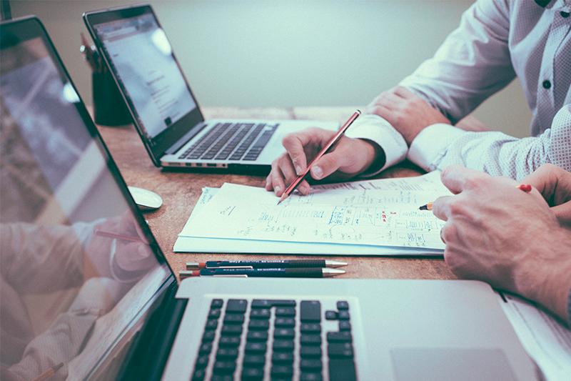 Notre bureau d'études à votre service pour faire mûrir tous vos projets !